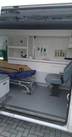 Ambulância - Foto 6