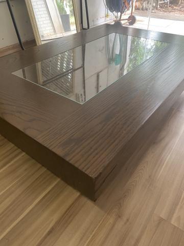 Mesa de centro cor tabaco com vidro - Foto 2