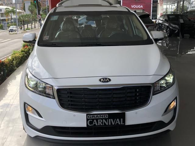 Grand Carnival 3.5 V6 8 lugares Ano 2019 modelo 2020 - Foto 2