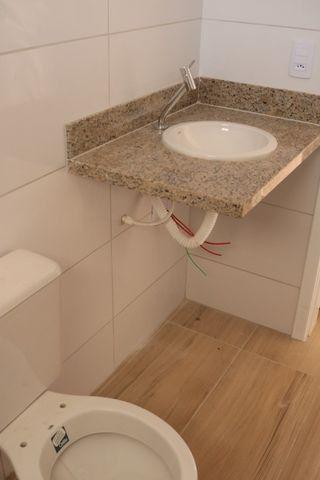 Casa com 2 dormitórios, porém com opção para 3 dorms, averbada e nova no Santa Candida - Foto 14
