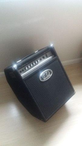 Amplificador Baixo Meteoro Star Black Plus 240 watts