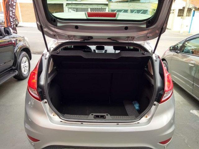 New Fiesta sel / ford / 1.6 / flex / 04 portas / automático / 2018 / 49.000 km - Foto 13