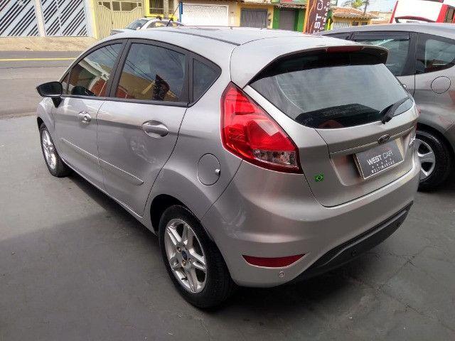 New Fiesta sel / ford / 1.6 / flex / 04 portas / automático / 2018 / 49.000 km - Foto 8