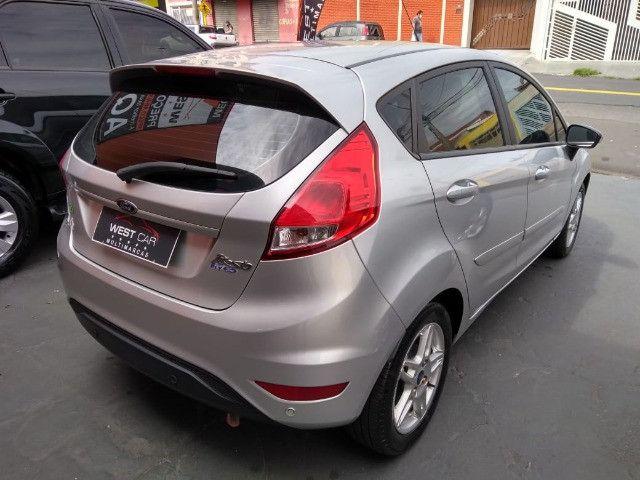 New Fiesta sel / ford / 1.6 / flex / 04 portas / automático / 2018 / 49.000 km - Foto 7