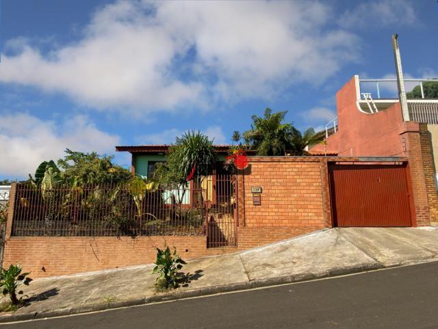 8287   Casa à venda com 3 quartos em Dos Estados, Guarapuava