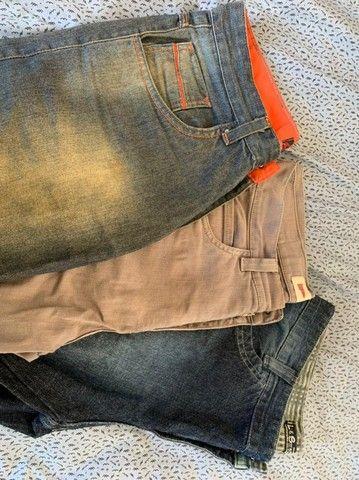 Lote de roupa masculina - Foto 4