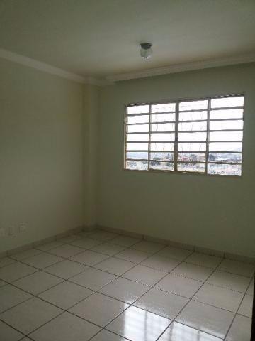Apartamento no bairro Goiânia