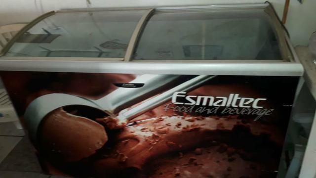 Freezer Esmaltec 750litros