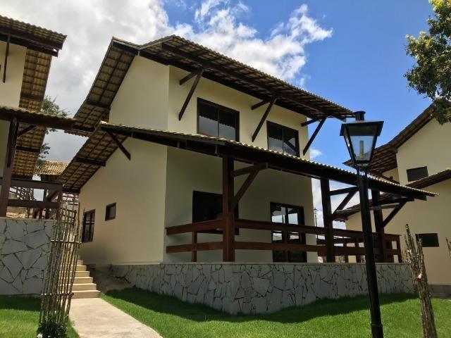 Linda Casa na região de Gravatá com 3 Suítes, Vista p/ Serra e Estrutura completa de Lazer