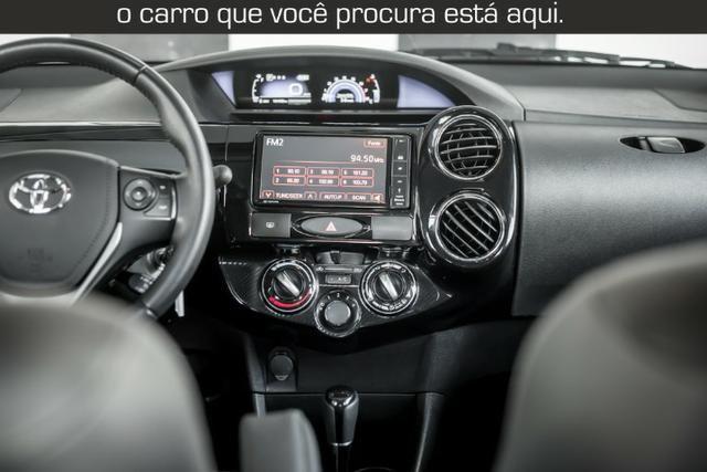 Toyota Etios Cross 1.5 Automático ( 16.000 km Com Kit Gas ) - Foto 16