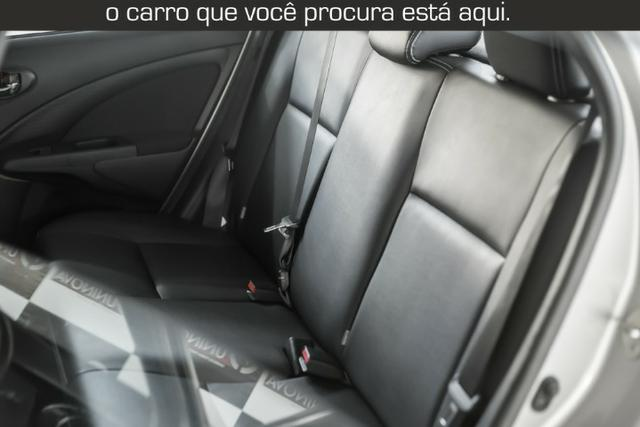 Toyota Etios Cross 1.5 Automático ( 16.000 km Com Kit Gas ) - Foto 13