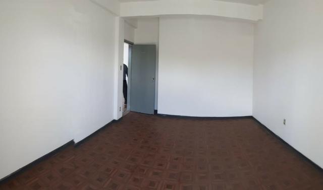 Alugo: Sala Estrada do Coco - Lauro de Freitas - Edf. Monsenhor Bicalho - Foto 2
