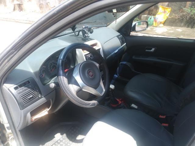 Fiat Palio Weekwnd 1.4 - Foto 6