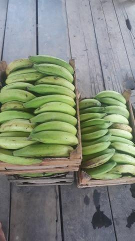 Caixa de banana comprida