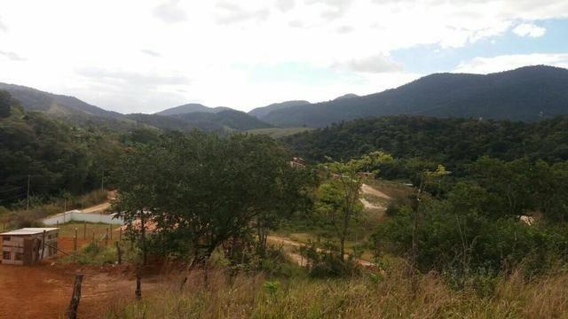 JCI - ACReDiTE Lote 560m² pouco aclive Bambuí Park III Maricá