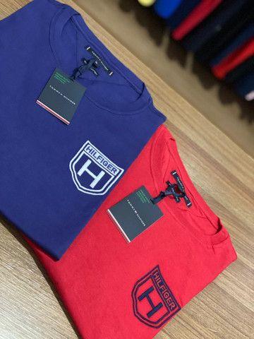 T-shirts Armani e Hilfiger  - Foto 5
