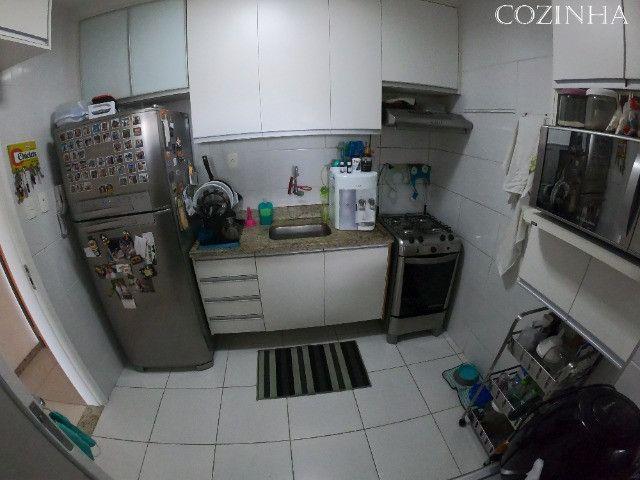 Apartamento 02 Quartos (1 suite) em Armação com 02 vagas de garagem - Foto 14