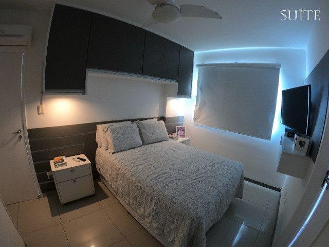 Apartamento 02 Quartos (1 suite) em Armação com 02 vagas de garagem