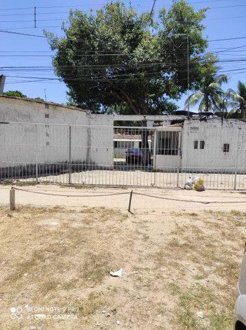 GMImoveis: Casa. C/ Terreno. Em Candeias, 12x30 Escriturado. 250.Mil. Aceito . Carro - Foto 2