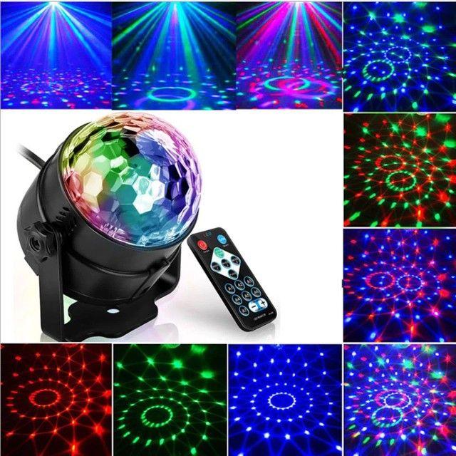 Projetor multicolor para festas