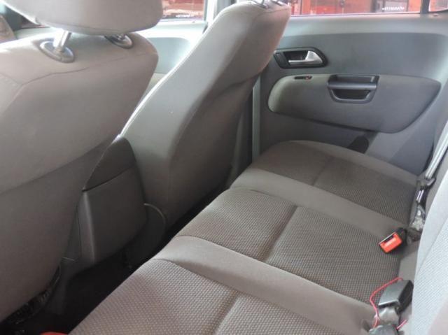Volkswagen Amarok TRENDLINE CD 2.0 TDI 4X4 DIES AUT  Automatico - Foto 11