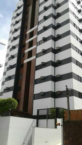 Edifício Vinícius cansanção PROX. ao palato farol