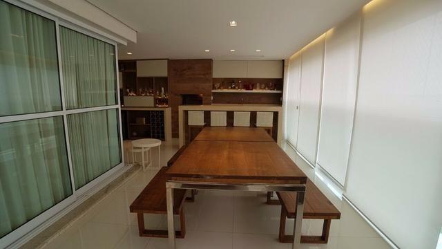 Apartamento no Farol da Iha com 239m - todo projetado em FIno acabamento