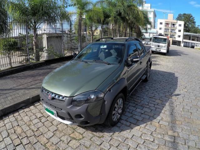 Fiat Strada Adv. Locker 1.8 16V (Flex) (Cabine Dupla) 2015 - Abaixo da FiPE