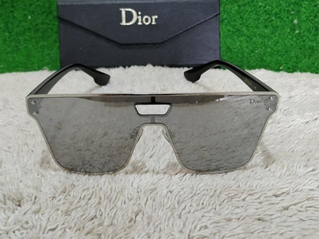 cae90c55a50 Óculos Dior prateado lindo - Bijouterias