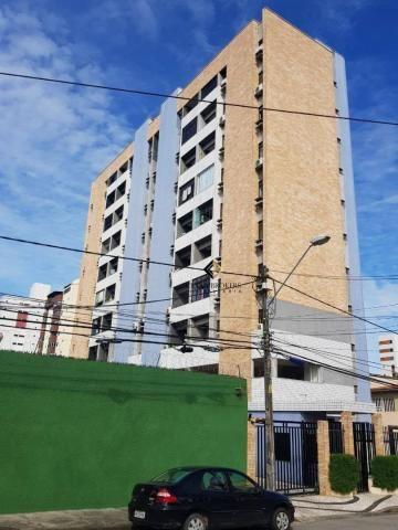 Apartamento com 3 dormitórios à venda, 57 m² por R$ 330.000 - Fátima - Fortaleza/CE