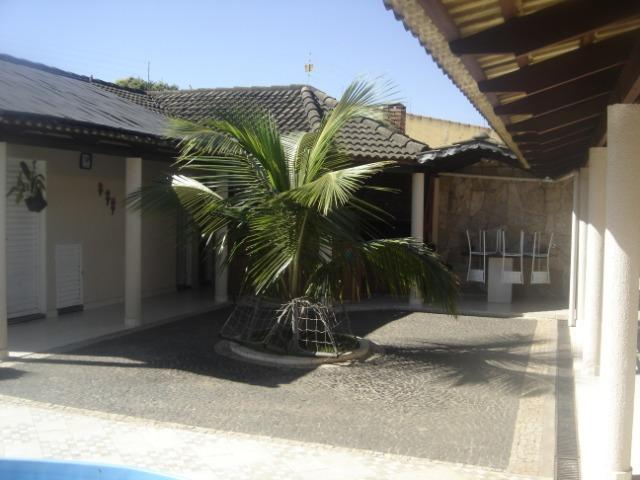 Casa Atlântico 4/4 sendo uma suíte ,Piscina com Cascata ,Sauna ,Churrasqueira - Foto 8
