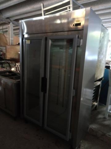 Geladeira 2 portas ar forçado temperatura de 0 a 10 graus
