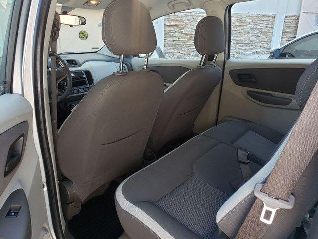 Chevrolet Spin 1.8 LT 5 Lugares vendo troco e financio R$  - Foto 12