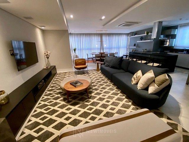 Apartamento Novo Mobiliado e Decorado com 3 Suítes no Centro em Balneário Camboriú
