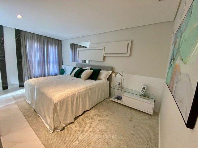 Apartamento Novo Mobiliado e Decorado com 3 Suítes no Centro em Balneário Camboriú - Foto 8