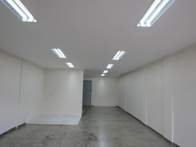 Aluga lojas c/70 m2 reformada, na QNL 10 Taguatinga