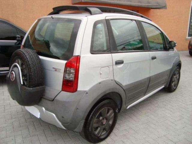 Fiat Idea 1.8 MPI Adventure Locker 4P 2010 - Foto 3
