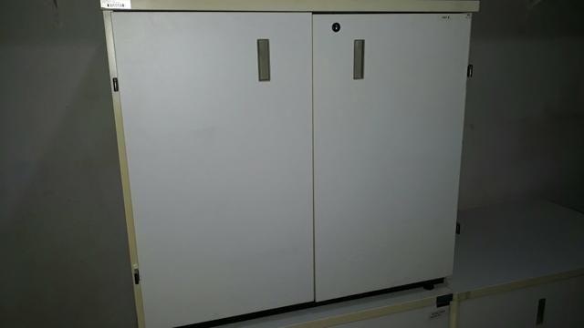 Armário Baixo 2 portas