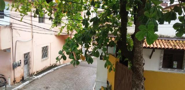 Casa , 3 quartos, com suite, fica a 500 metros da praia, Itapuã, Salvador- Bahia - Foto 12