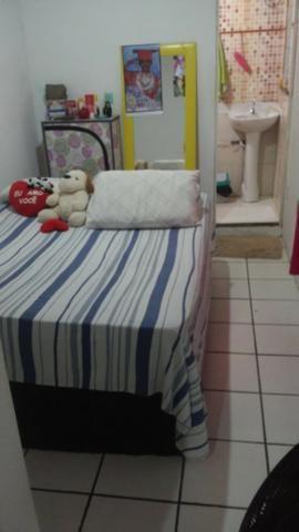 Casa , 3 quartos, com suite, fica a 500 metros da praia, Itapuã, Salvador- Bahia - Foto 8