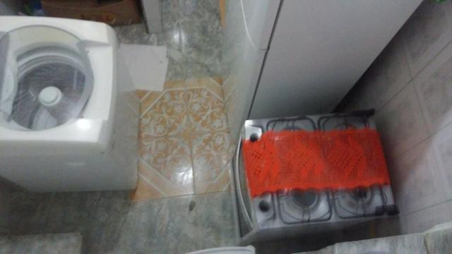Casa , 3 quartos, com suite, fica a 500 metros da praia, Itapuã, Salvador- Bahia - Foto 9