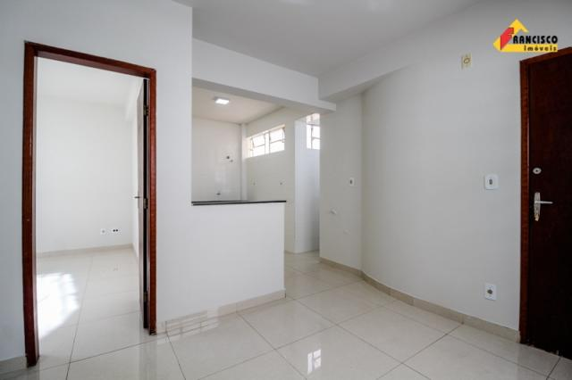 Kitnet para aluguel, 1 quarto, 1 vaga, Centro - Divinópolis/MG