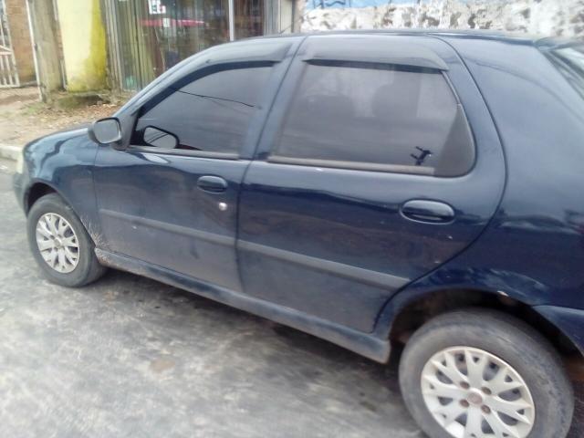 Vende-se carro palio 2005 completo celado e quitado sem multa