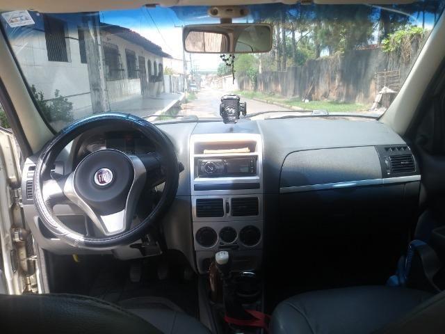 Fiat Palio Weekwnd 1.4 - Foto 7
