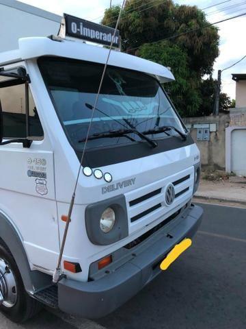 Caminhão 3/4 bau térmico 9.150 - Foto 2