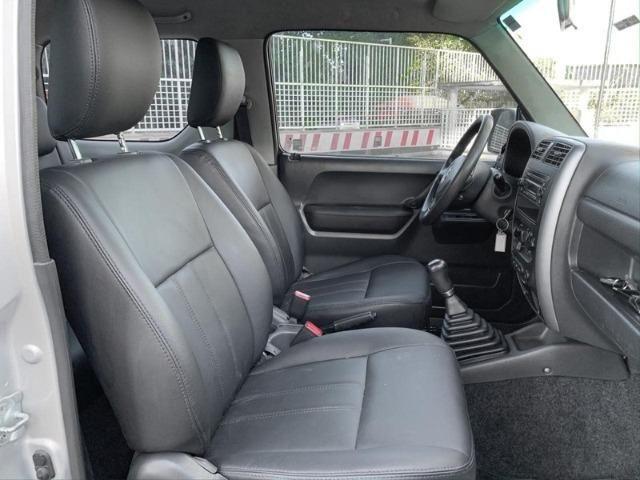 Lindo Suzuki Jimny 4sun 4x4 2015 com teto solar e couro. Oportunidade! - Foto 4
