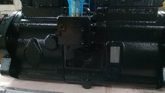 Bomba Hidráulica Escavadeira Hyundai - Foto 5