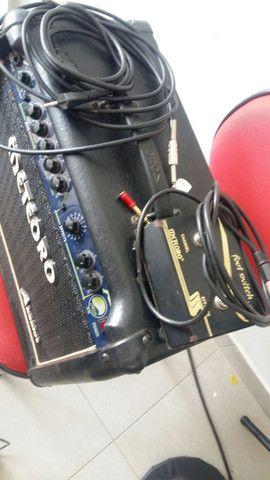 Amblificador de som para guitarra para ir embora