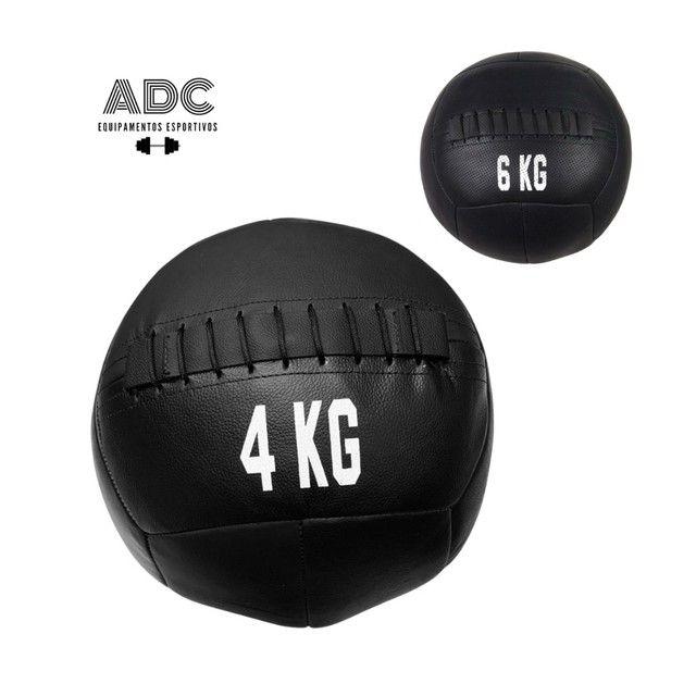 Wall ball nova em couro (medicine ball)