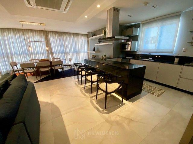 Apartamento Novo Mobiliado e Decorado com 3 Suítes no Centro em Balneário Camboriú - Foto 5